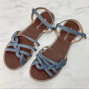 AEO American Eagle Ankle Strap Strappy Sandals 7.5